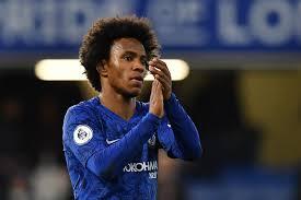 O brasileiro Willian confirmou neste domingo sua saída do Chelsea