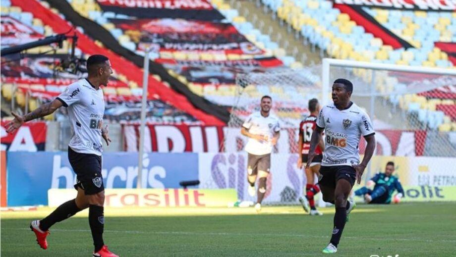 Gol contra de Filipe Luis deu vitória ao Atlético-MG contra o Flamengo na primeira rodada do Brasileirão