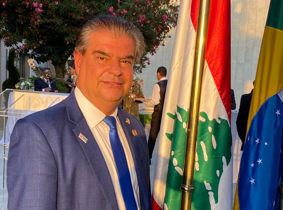 Senador Nelsinho Trad visitando o Líbano