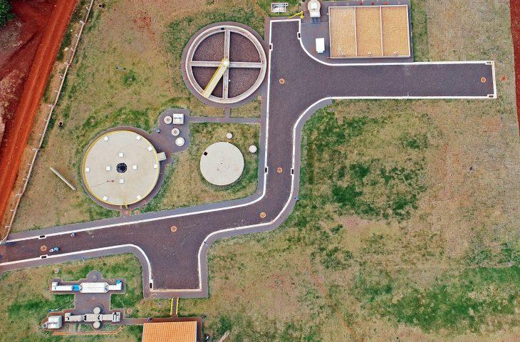 No Conesul, o município de Japorã recebeu obras de asfalto e drenagem nas ruas Naviraí, Ponta Porã e Sagarana.