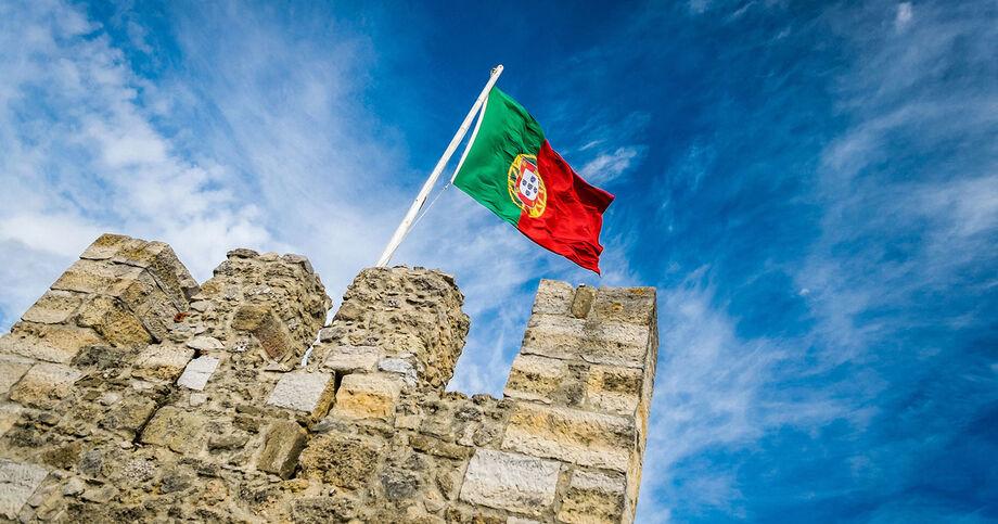 No primeiro trimestre, a economia portuguesa havia encolhido 3,8% ante os últimos três meses de 2019 e 2,3% na comparação anual.