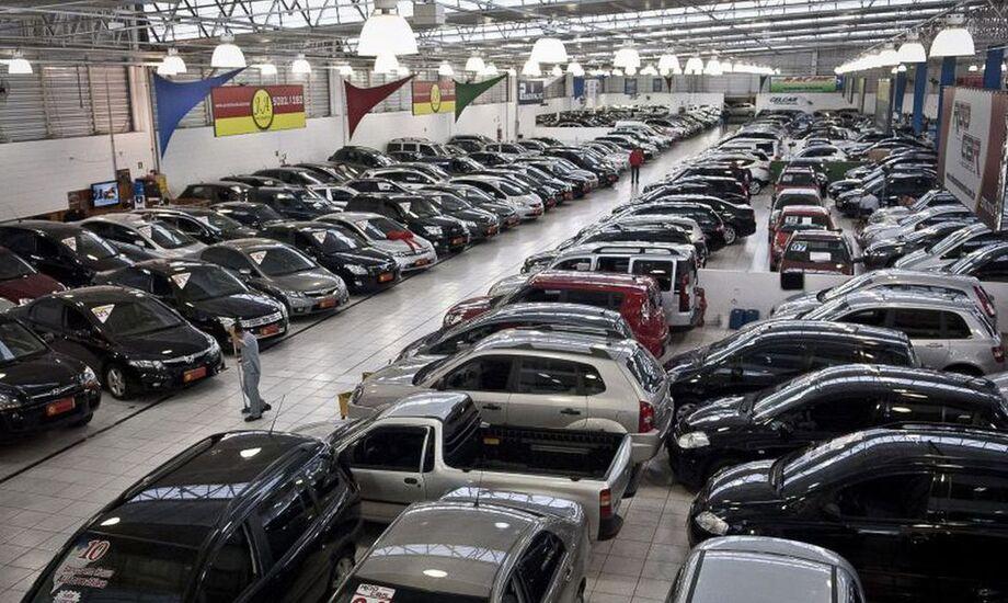 Os dados foram divulgados pela Federação Nacional das Associações dos Revendedores de Veículos Automotores (Fenauto)