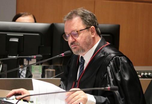 O desembargador Dorival Renato Pavan