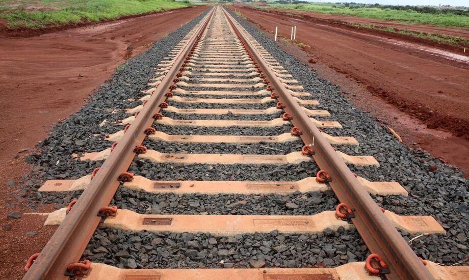 O presidente da Rumo, Beto Abreu, informou que a empresa realizou uma chamada de capital para viabilizar os pagamentos.