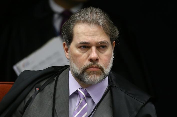O magistrado atendeu a pedidos feitos pelo procurador-geral da República, Augusto Aras