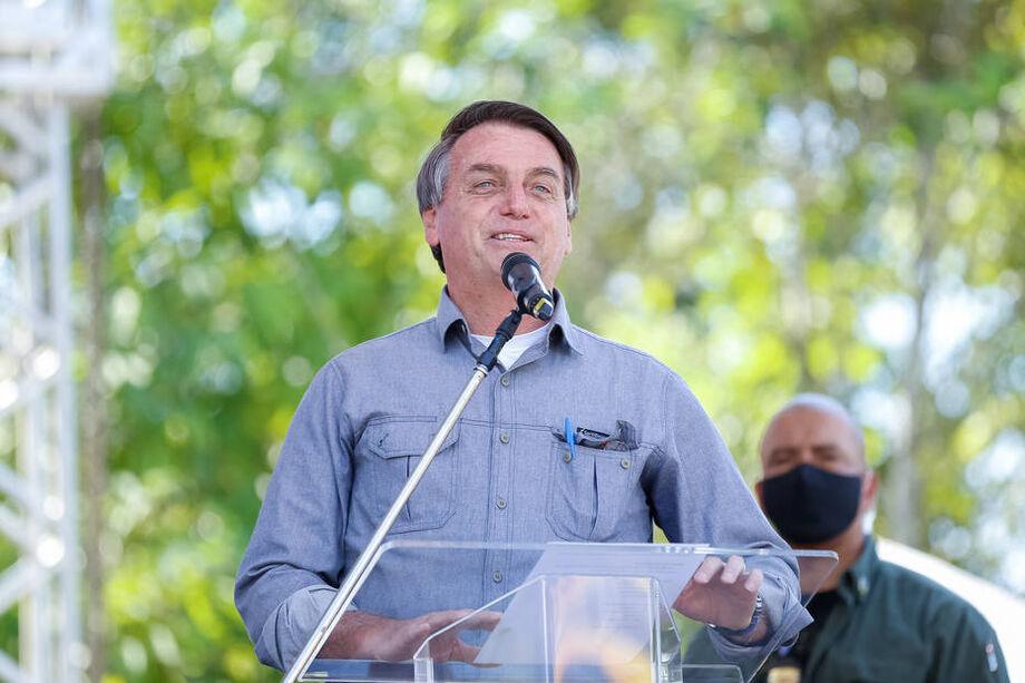 Bolsonaro compartilhou vídeo pelas redes sociais em que afirmou ter sido surpreendido pela possibilidade de congelamento de aposentadorias