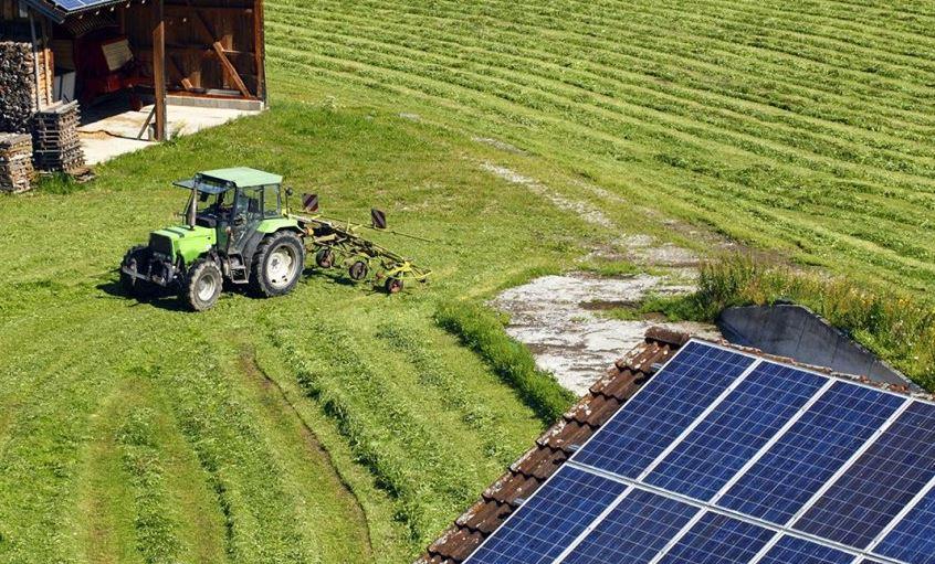 As placas fotovoltaicas são de fácil instalação, rápidas para se implantar e têm baixa manutenção