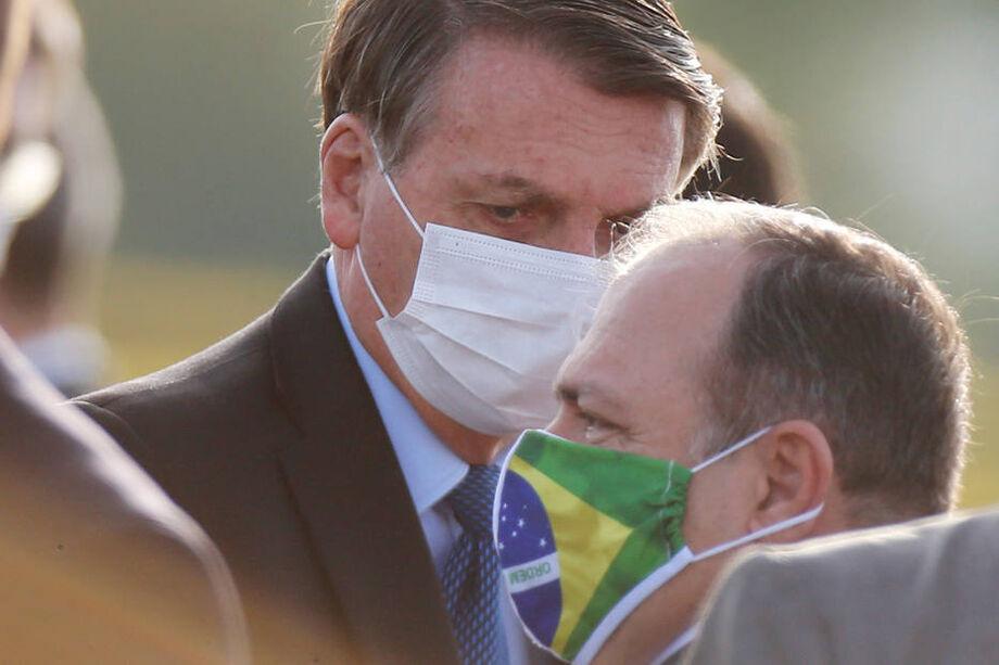 O presidente Jair Bolsonaro e o general Eduardo Pazuello