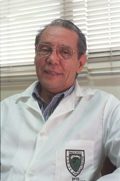 Carlini militou pela legalização da maconha em tratamentos médicos