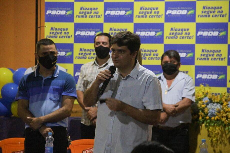 O prefeito Valdir Júnior (PSDB) foi confirmado como pré-candidato à reeleição pelo PSDB em convenção do partido