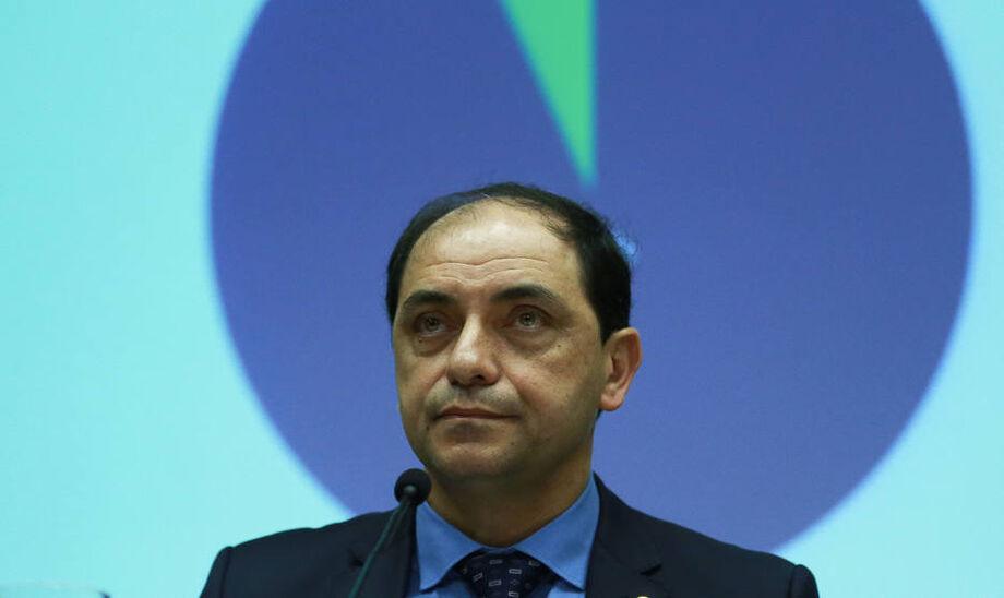 Auxiliares do ministro Paulo Guedes afirmam que não houve nem pedido de demissão feito pelo secretário especial, nem tentativa do ministro de dispensar seu auxiliar.
