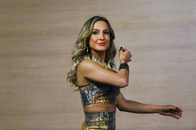 Claudia Leitte será substituída na reta final do 'The Voice Kids' pelo cantor Mumuzinho