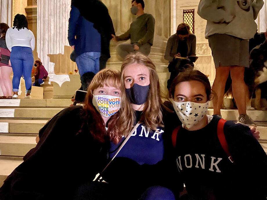 Olivia Ploch, Sylvia Hensley e Olivia Cholewczynski: admiradoras de RGB