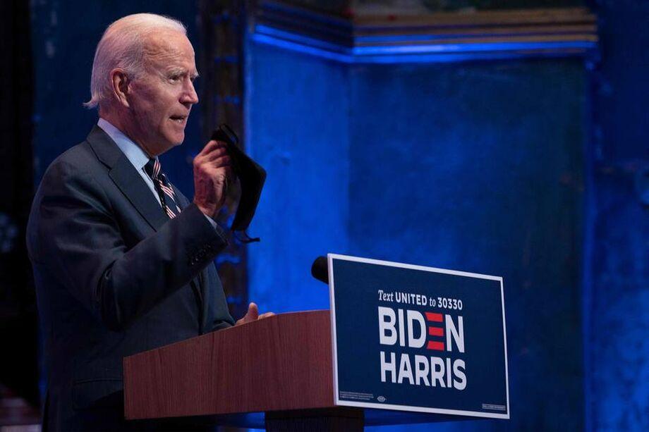 Biden vem liderando as pesquisas de intenção de voto por seis pontos ou mais ao longo de todo o ano