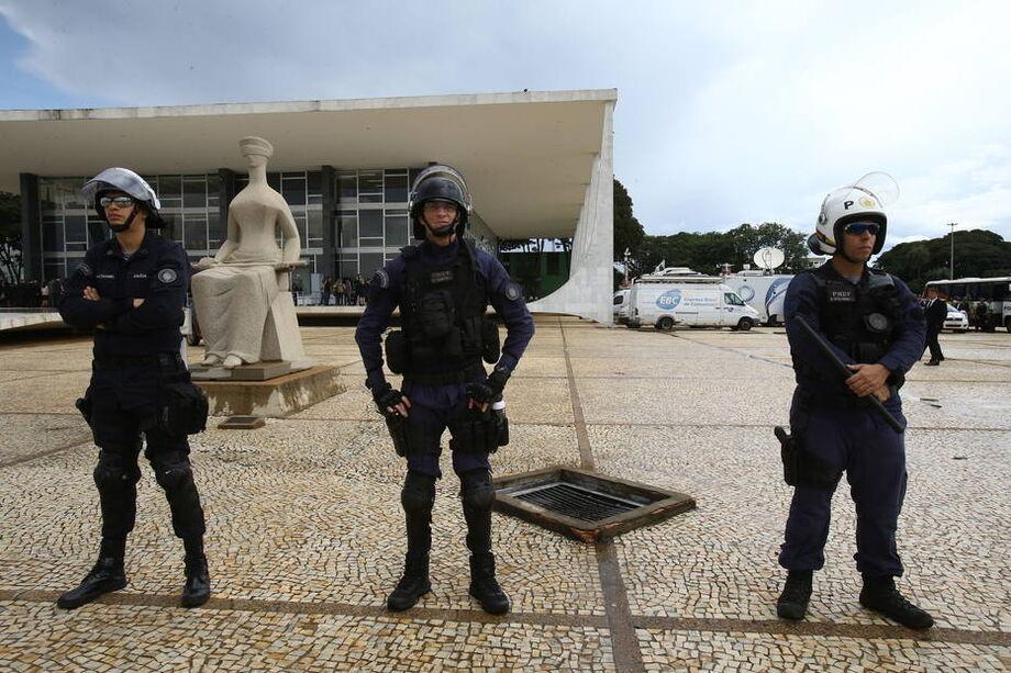 Reajuste da categoria já era planejado por Bolsonaro desde o final de 2019