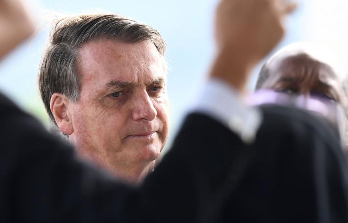 O presidente Jair Bolsonaro esteve hoje (21) no serviço médico do Palácio do Planalto