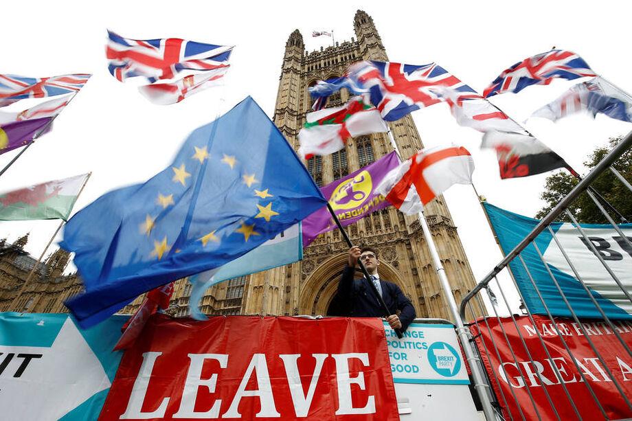 Barnier deve ir a Londres nesta quarta para mais negociações do Brexit