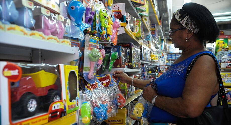 O gasto médio poderá alcançar R$ 230,55 e apenas 30% da população tenderá a comemorar a data