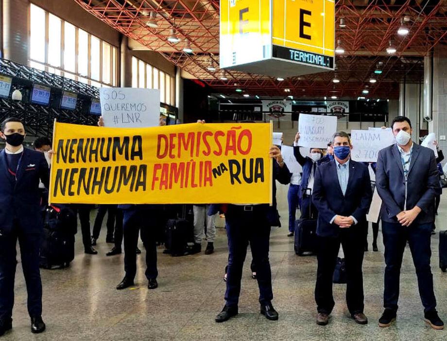 Em agosto, funcionários da Latam protestaram contra as demissões