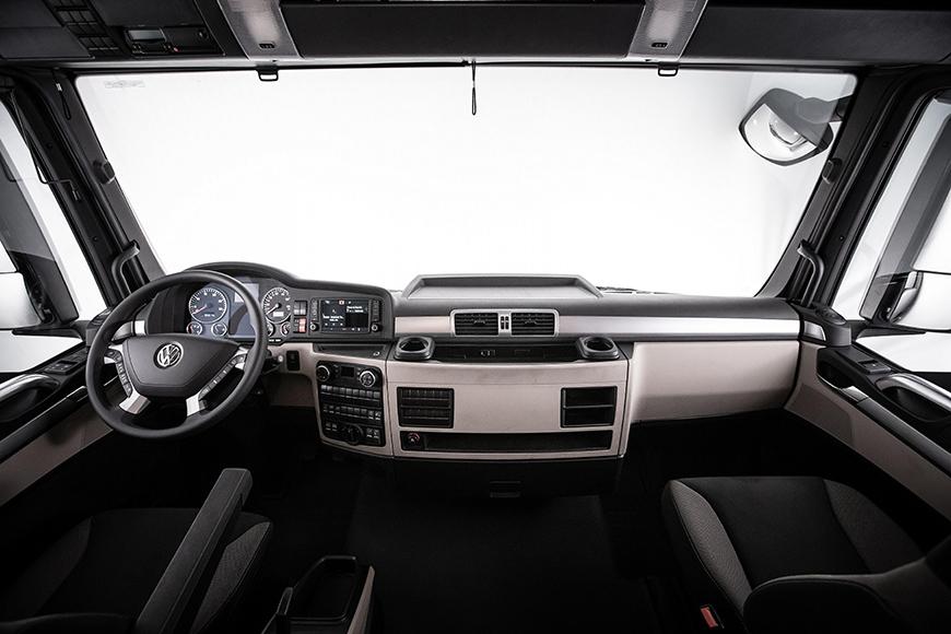 O interior do VW Meteor: cabine confortável com climatização de série