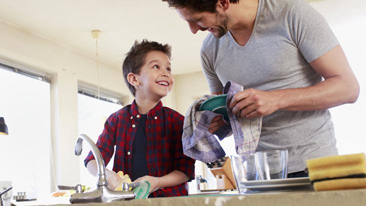 Ajudar em casa é trabalho infantil? - A Crítica de Campo Grande Mobile