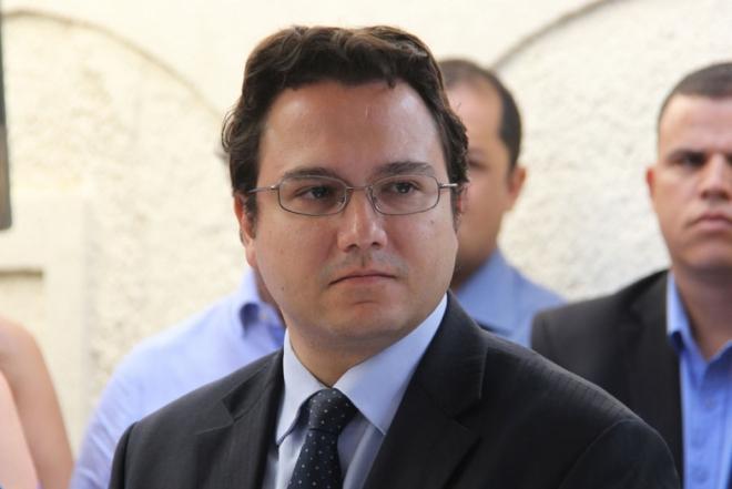 """Pedrossian Neto será exonerado nas próximas horas para """"ajudar"""" na campanha  eleitoral - A Crítica de Campo Grande Mobile"""