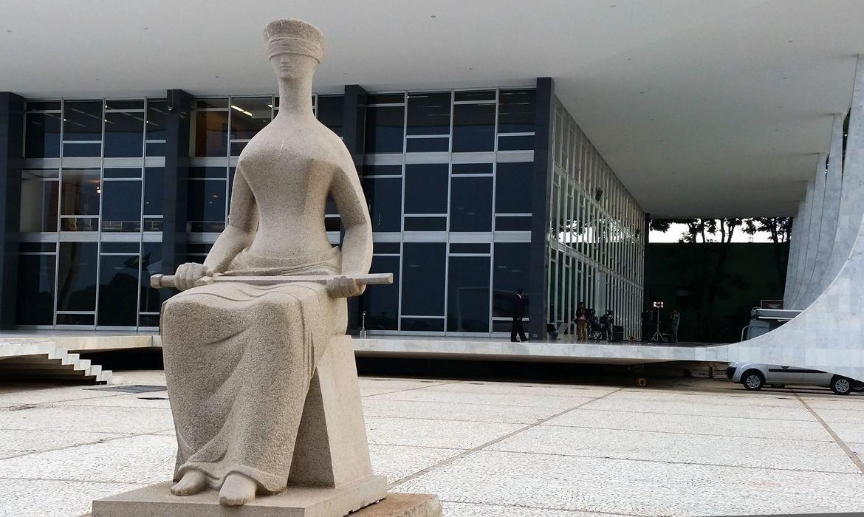 Decisão do STF julga inconstitucional a suspensão de advogados por  inadimplência de anuidades - A Crítica de Campo Grande Mobile